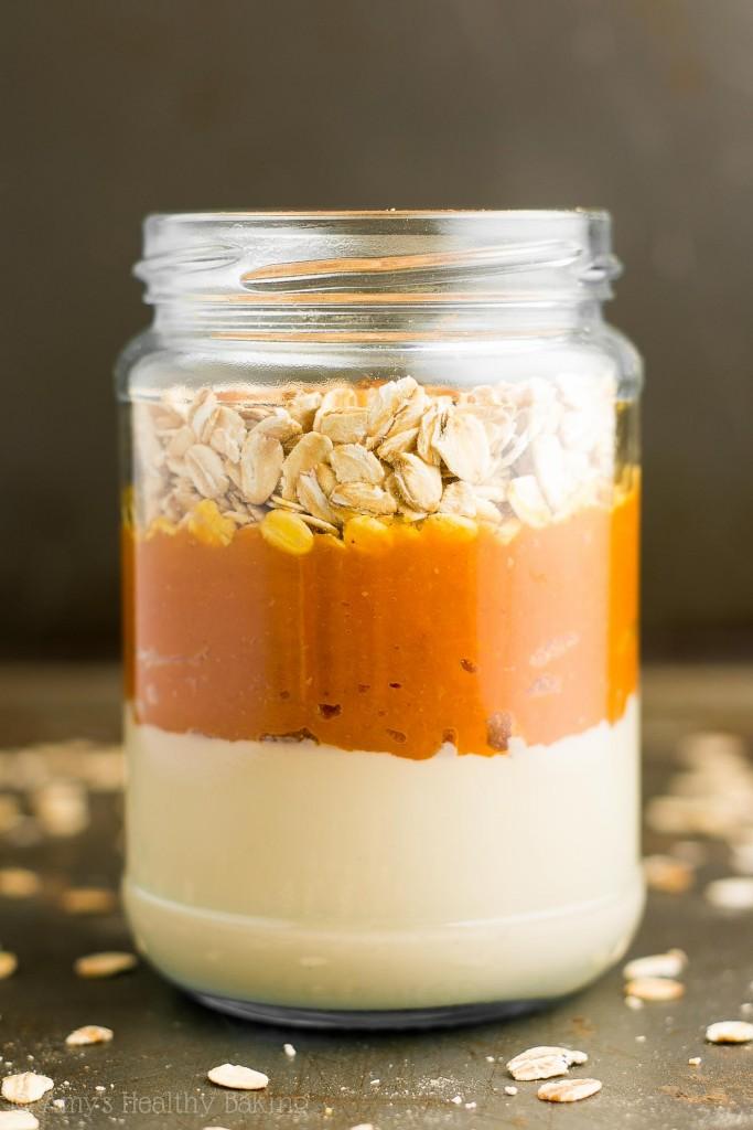 pumpkin-spice-latte-protein-overnight-oats-7506-683x1024.jpg