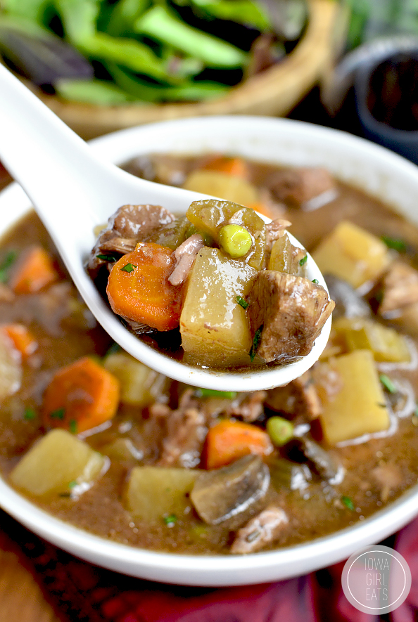 Crock-Pot-Beef-Stew-iowagirleats-03.jpg