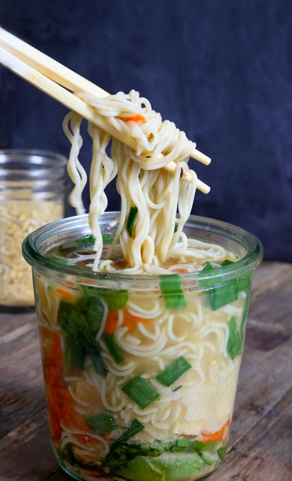Instant-Noodle-Cup.jpg