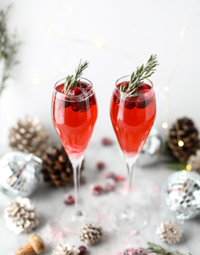 christmas-morning-mimosas-I-howsweeteats.com-2.jpg