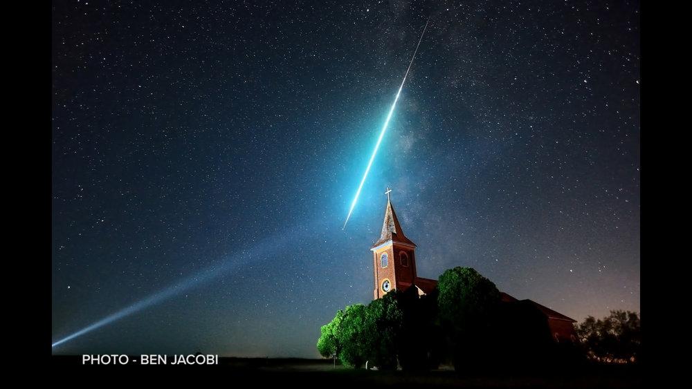 milky-way-stars-night-photo-ben-jacobi