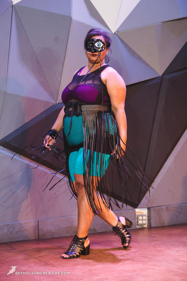 Knock-Out-Plus-Size-Event-Holocene-Portland-Commercial-Photography-BethOlsonCreative-142.jpg
