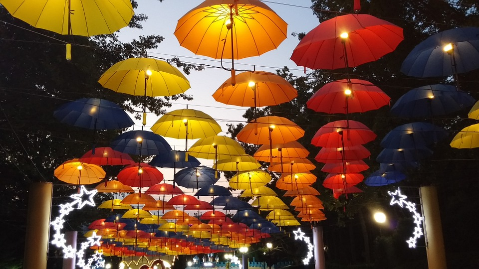umbrella-965431_960_720.jpg