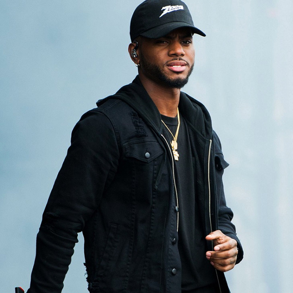 BRYSON TILLER - LIGHTING DESIGN - VIDEO PROGRAMMING - STAGE DESIGN - VIDEO CONTENT
