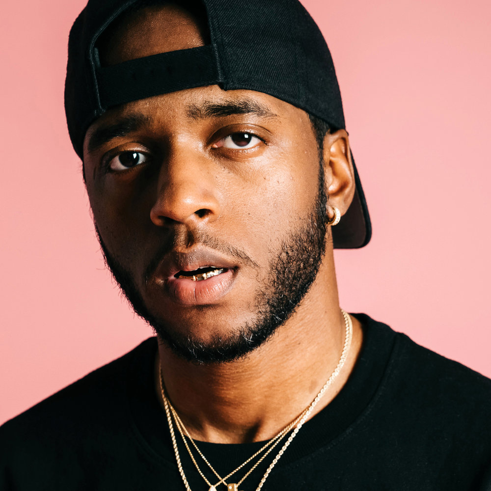 6LACK - VIDEO PROGRAMMING - LIGHT PROGRAMMING - STAGE DESIGN