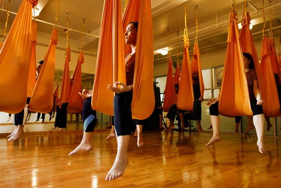 introduction-anti-gravity-yoga.jpg