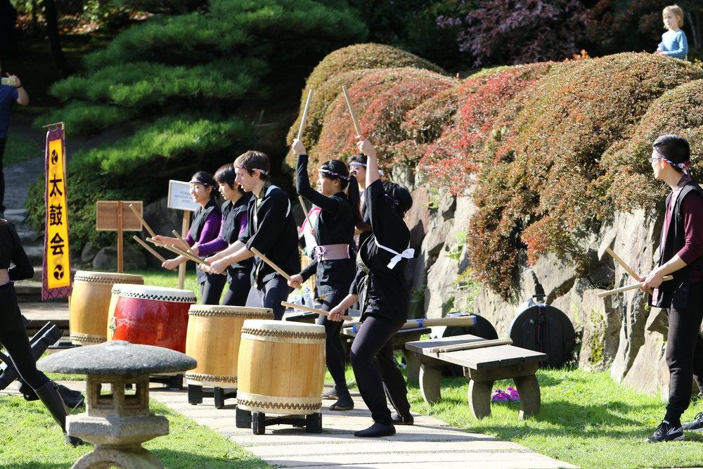 UW Taiko-kai, Photo by Tom Burley