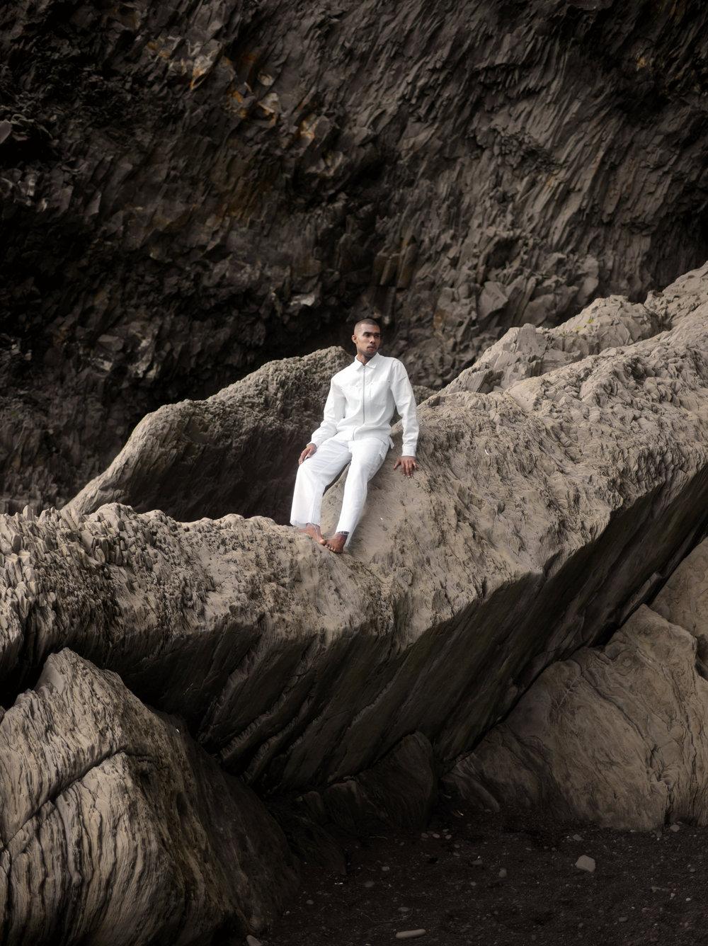 The-Look-Principle-Editorial-Reynisfjara-Beach-17.jpg