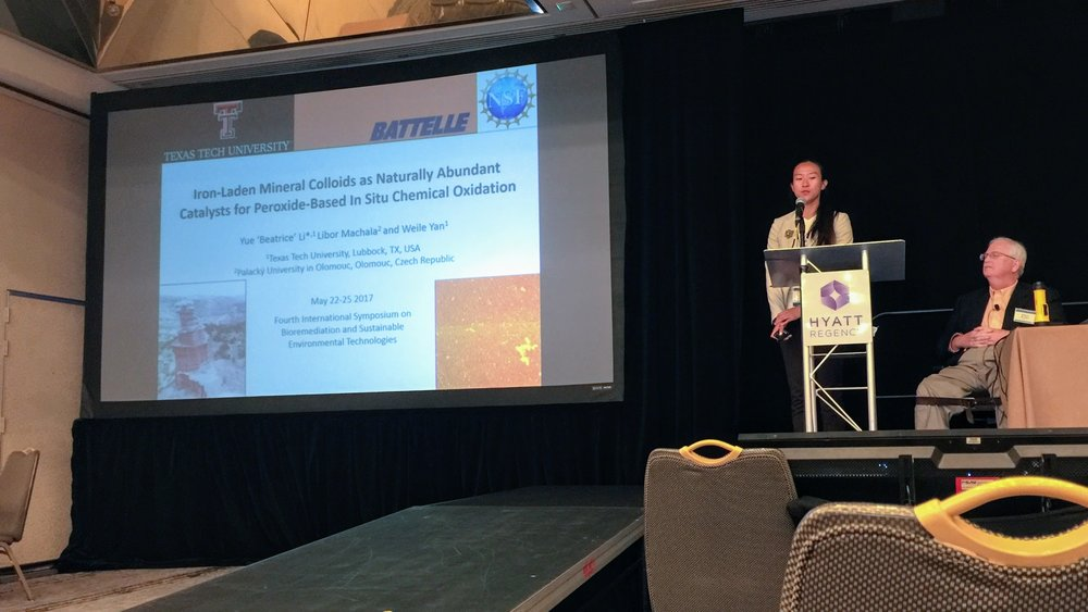 Beatrice presenting at battelle 2017.jpg