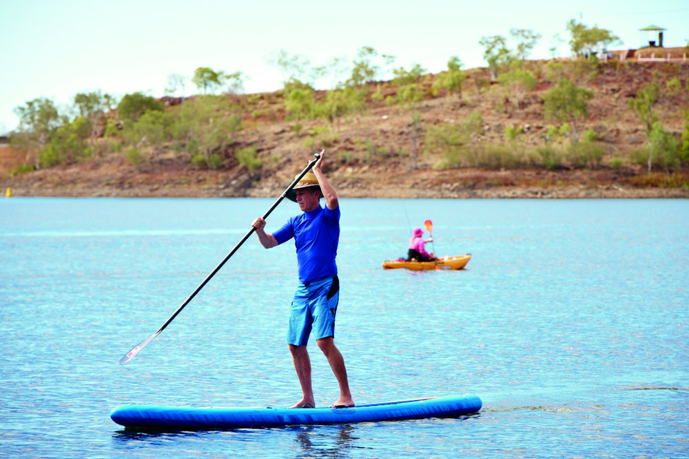 10-JUNE_LAKE-MOONDARRA-PADDLEBOARD_017.jpg