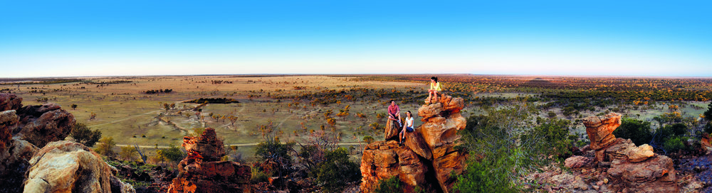 Starlights Lookout_Longreach.jpg