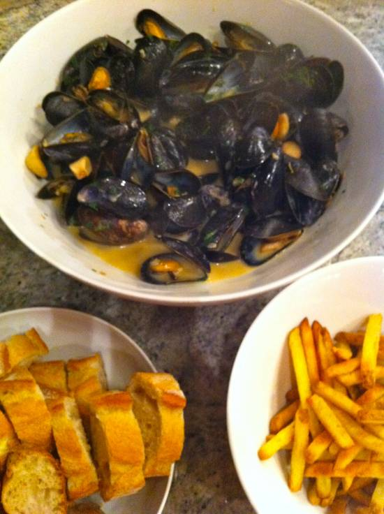 hot and steamy bowl of mussels
