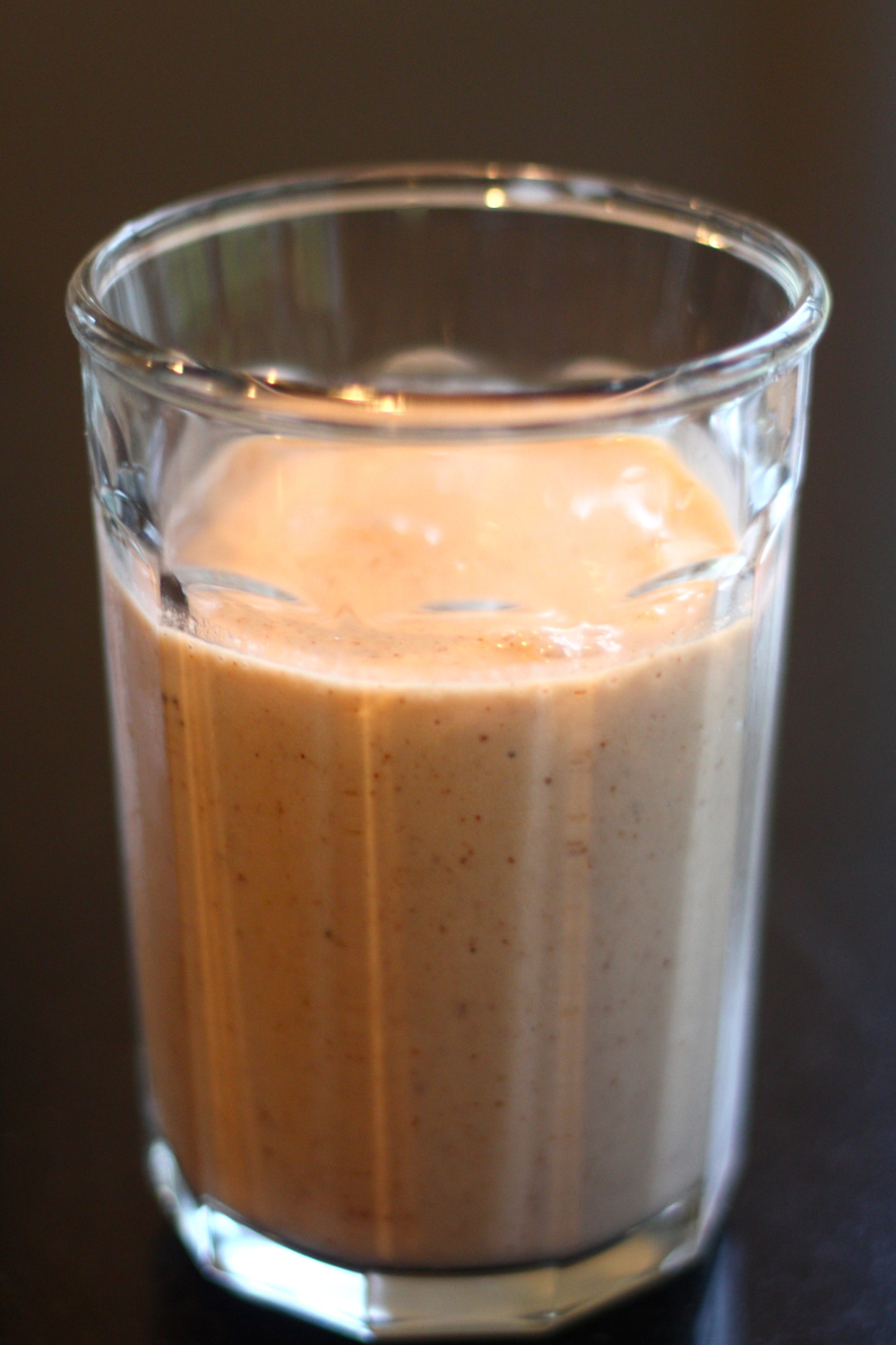 the pig and the fig almond-coconut-banana extra smoothie