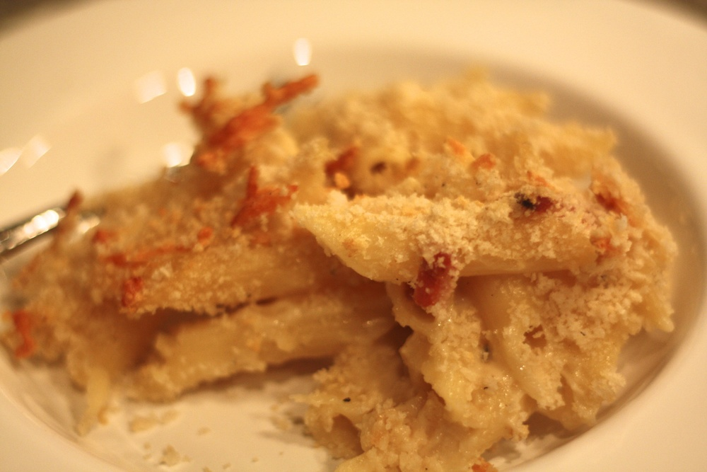 the-pig-and-the-fig-bacon-and-truffle-mac-and-cheese