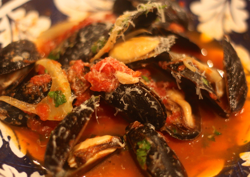 the-pig-and-the-fig-mussels-with-fennel-tomatoes-orange