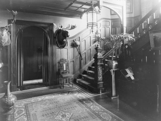 MV entrance interior.jpg