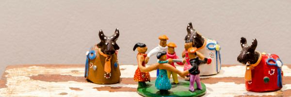 Cultura Brasileira - Os cursos e palestras de Cultura Brasileira propiciam um encontro e uma reflexão sobre a nossa cultura, desde suas raízes históricas até os nossos dias, considerando-se os aspectos sociais, econômicos, históricos e geográficos, permitindo ao estrangeiro um entendimento do comportamento do brasileiro.