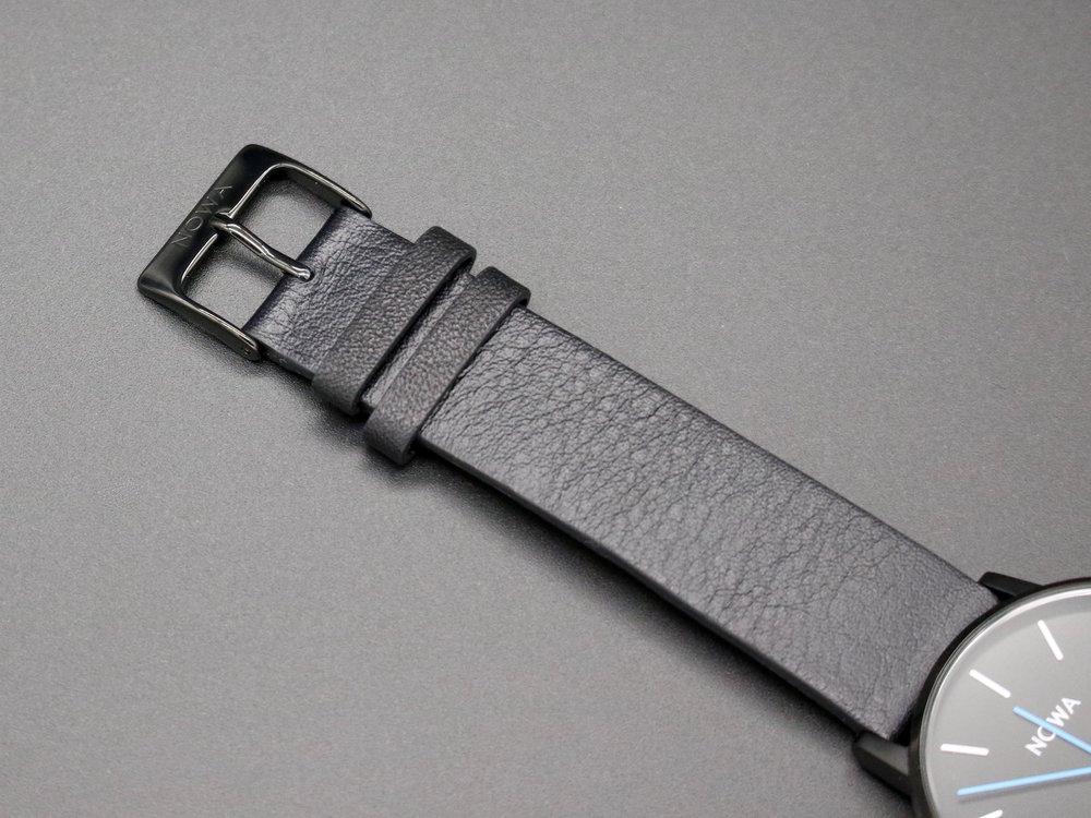 NOWA_Shaper_Black_Smartwatch_Italian_Strap