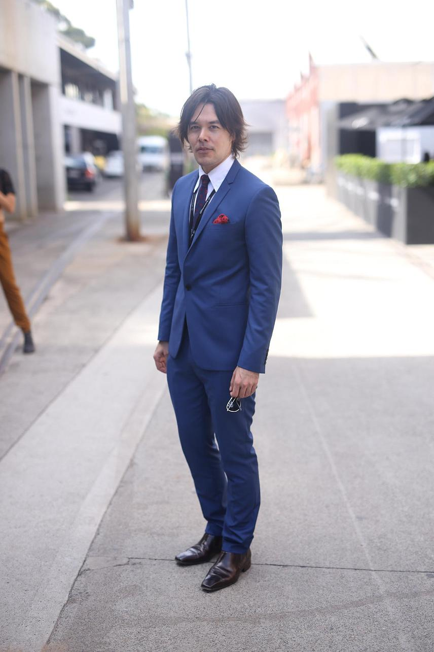 """Wear what makes your look professional""-Kei Ibaraki Youtuber.  Kei wears head to toe politix."
