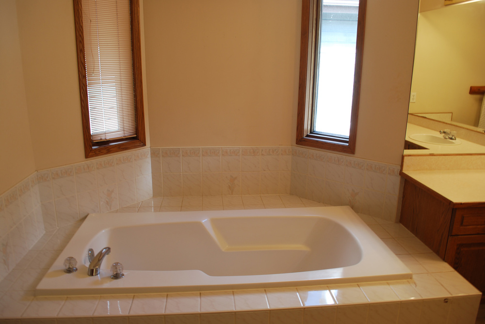 Cedar Master Bathroom