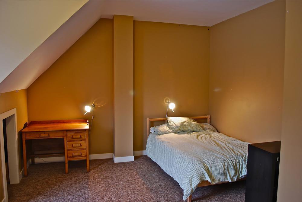Wolfpack Upstairs Bedroom