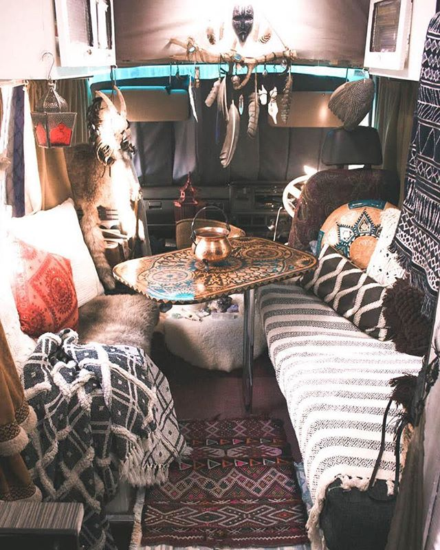 Home ❤️ . . . #magdathemagicbus #buslife #bohemianliving #boholiving #bohodecor #bohointeriors #gypsydecor #smallspacestar #sodomino #freepeople #gypset #bohemianstyle #homeontheroad #vanlifedreams #vanlifeideas #magicbus #glamping #itsvanlife #campvibes #buslifestyle #vanlife #fpme #freepeople #gypset #smallspacestar #bohemianstyle #gypsydecor #moroccanrugs #jungalowstyle #thisiswhyihavetothriftshopeveryday