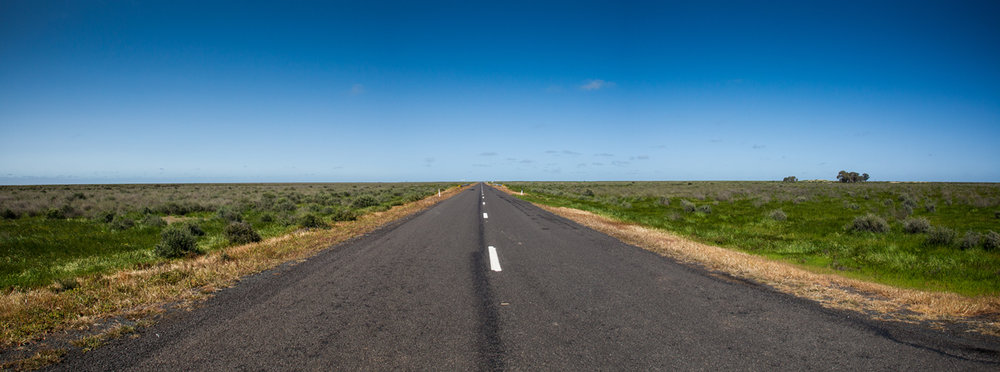 COBB HIGHWAY / HAY PLAINS NSW