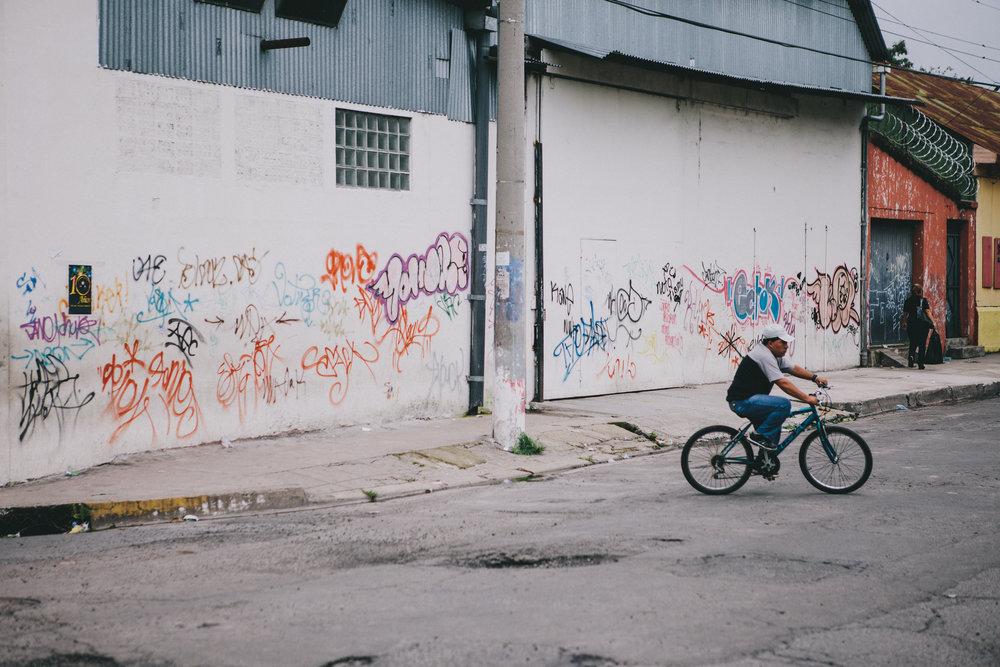santa_tecla_comercio_003.jpg