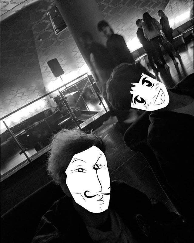 •075•  2018 v 2015 Throwback, my day 1 homie Edboi and I saw Brockhampton at The Novo last night which was the same venue we went to see Post Modern Jukebox 3 years ago!  2018 Daily Drawing Challenge Party @zombieteddie @idrawpaintings @nellii_bug @markeldude @mom_comics ••••• (( #drawing #illustration #ink #sketchbook #dailysketch #dailydoodle #dailydrawing #365drawings #365drawings2018 #artist #artistsoninstagram #traditionalart #digitalart #ipadpro #ipad #ipadart #ipaddrawing #procreate #procreateapp #brockhampton #losangeles #concert #tbt #thenovodtla ))