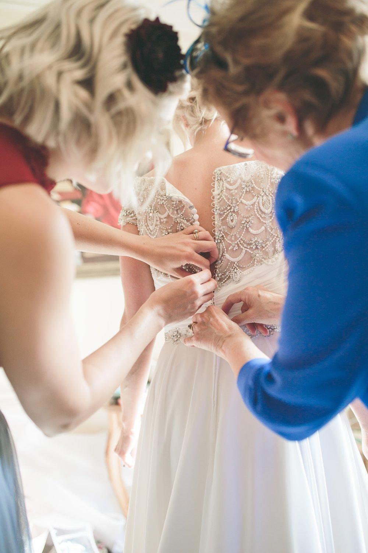 UK Documentary Wedding Photographer 00047.jpg