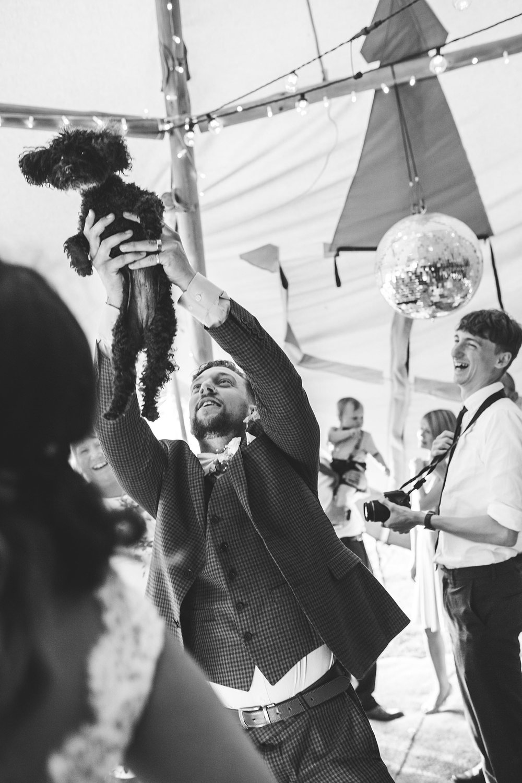 Cornwall Wedding photographer Cutlinwith Farm