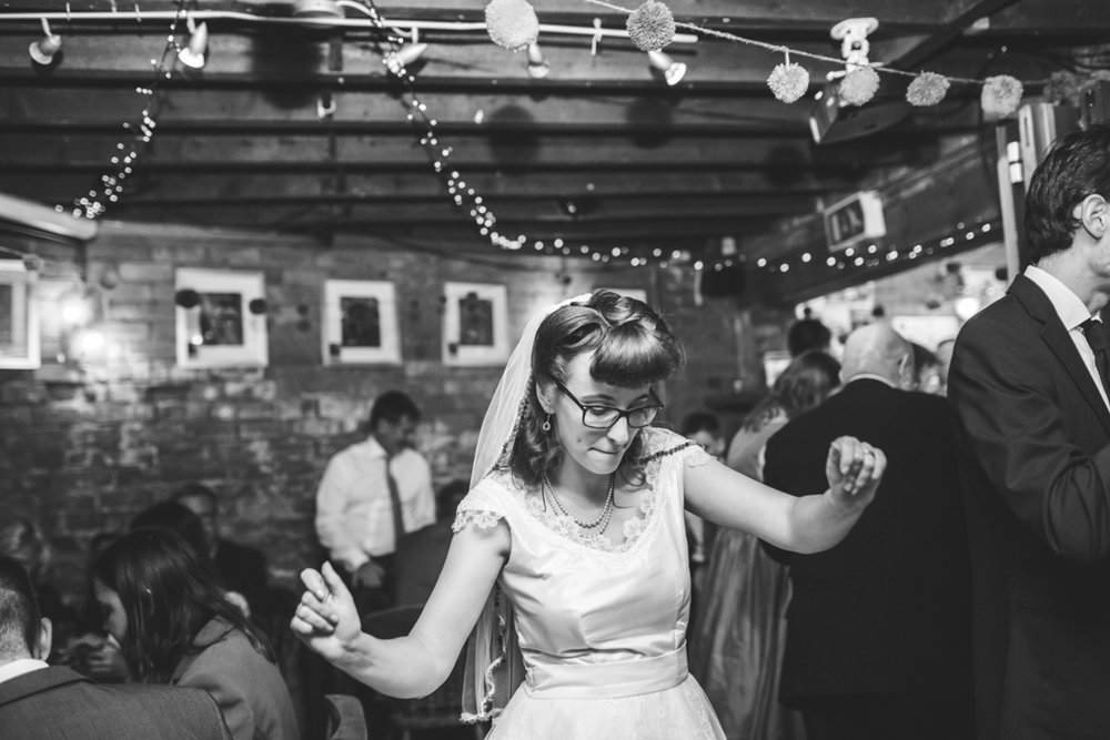 Cornwall wedding photographer Devon