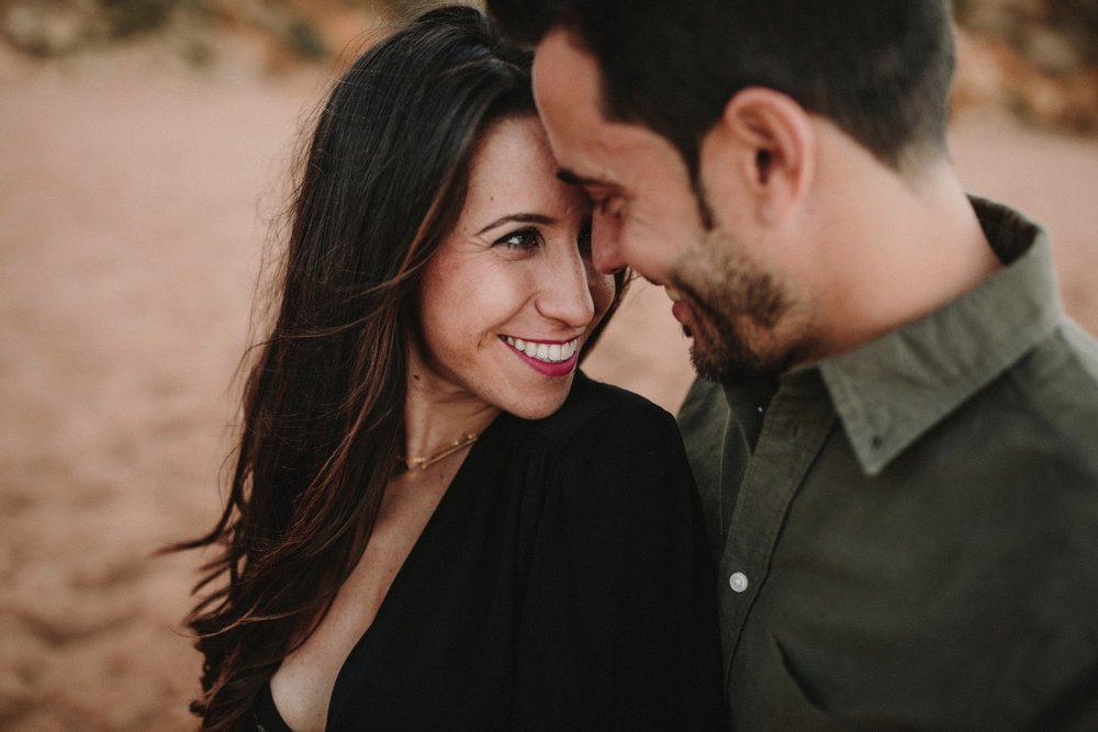 00006_868A6415-ASE_preboda_playa_engagement_weddingengagement_engagementsession_mar_ernestovillalba_cadiz.jpg