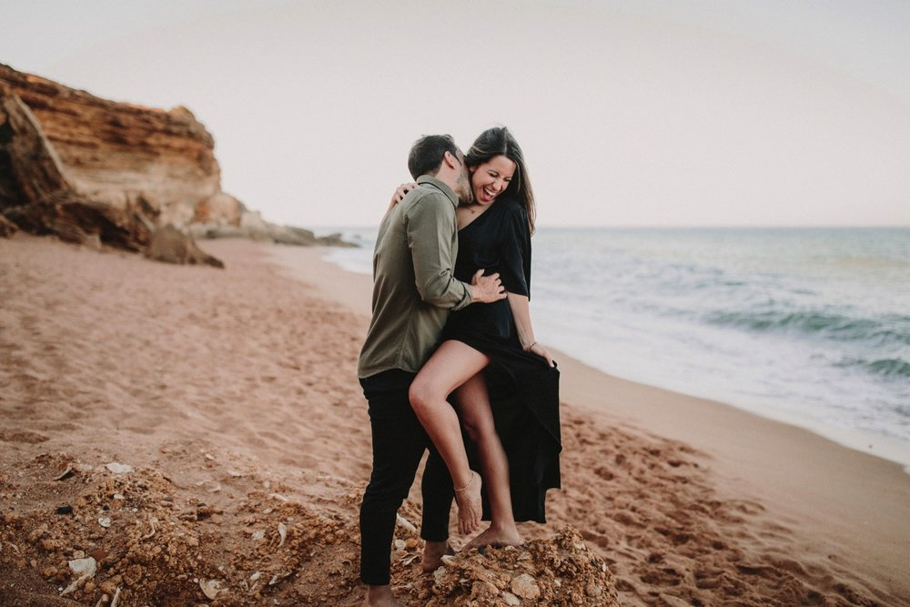 00008_868A6635-ASE_preboda_playa_engagement_weddingengagement_engagementsession_mar_ernestovillalba_cadiz.jpg