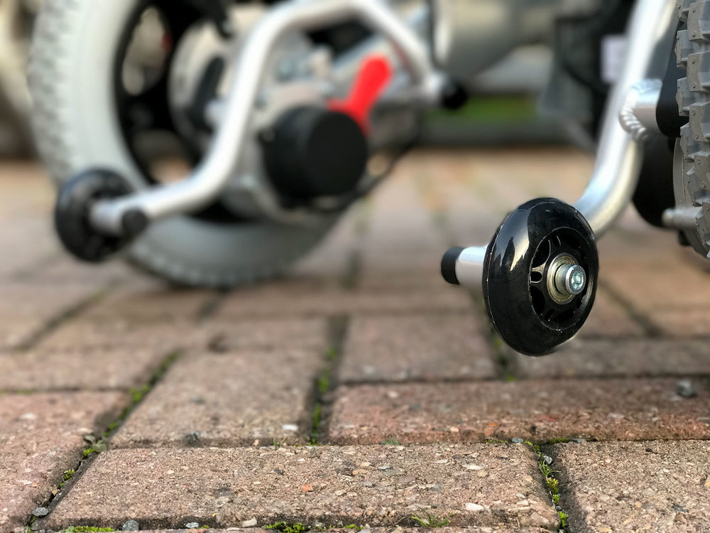 Quick-release anti-tip wheels for reassuring stability.