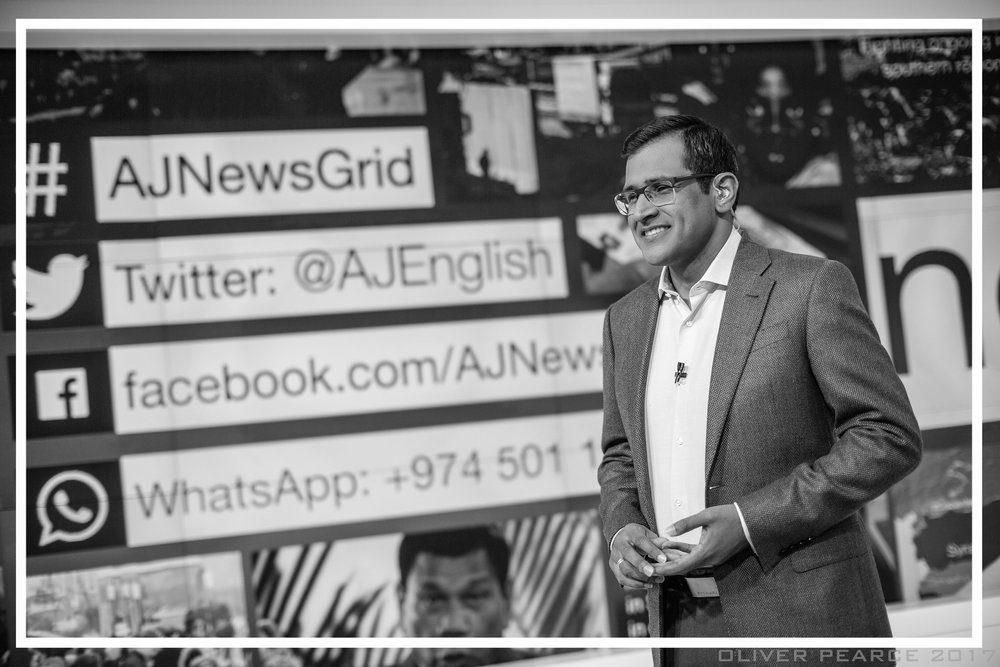 Presenting  newsgrid , 2017 (PHOTO CREDIT: OLIVER PEARCE)