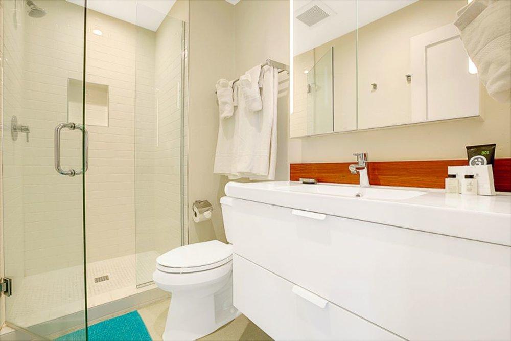 2nd hallway bathroom
