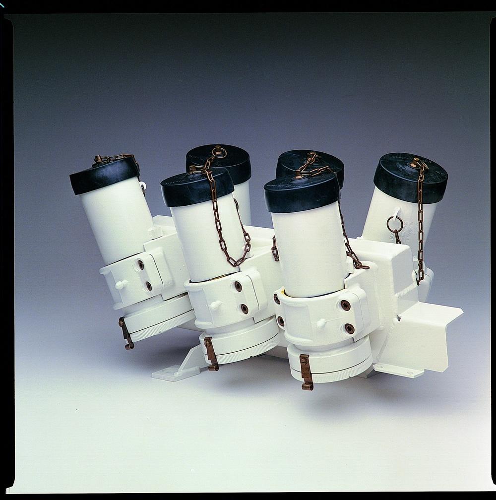 6 tube cluster.jpg