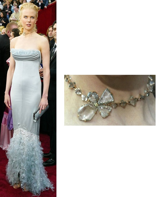 chanel-couture-strapless-ice-blue-feathered-gown-bvlgari-by-lwren-scott-green-diamond-necklace