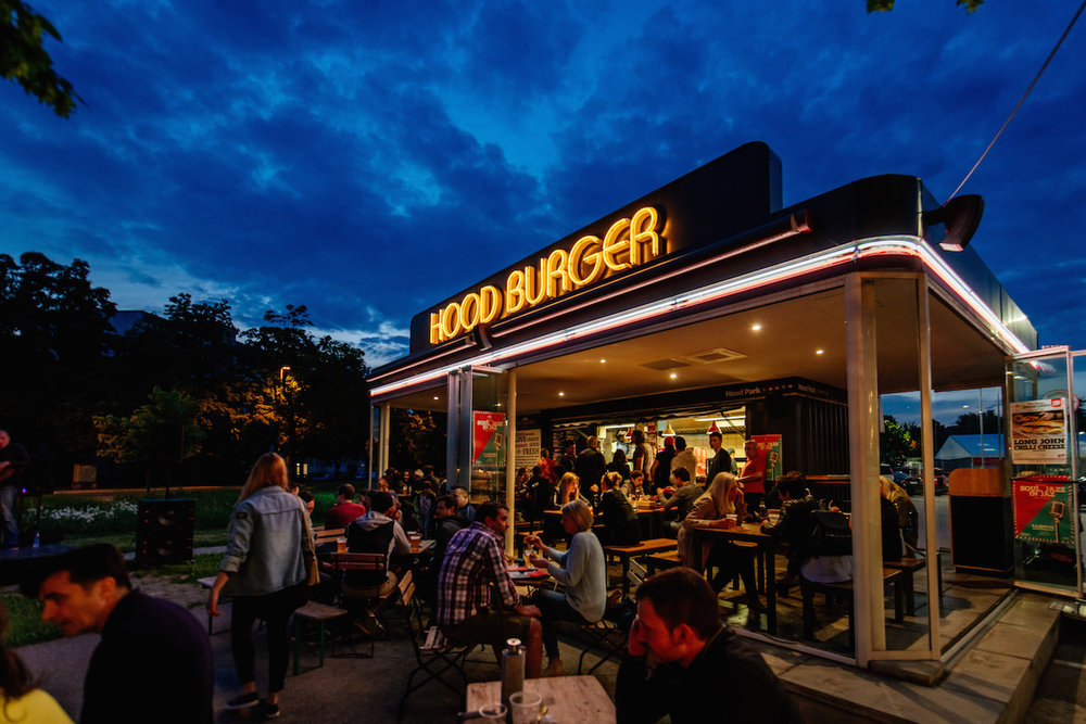 naša prva   Hood Burger Vič    PREBERI VEČ