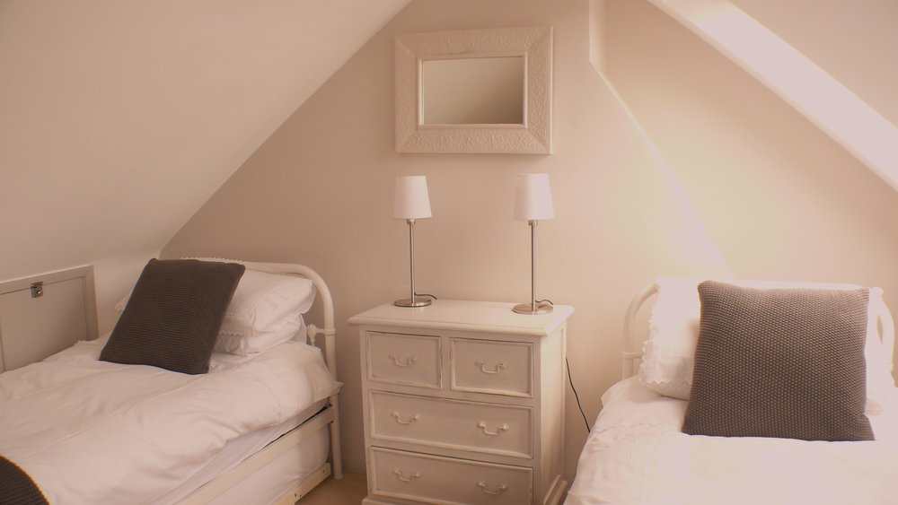 Bub bedroom 3.jpg