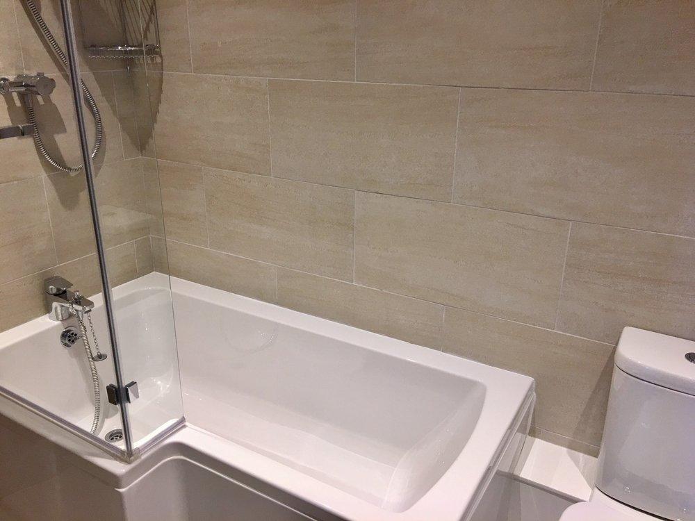 RR Family bathroom.jpg