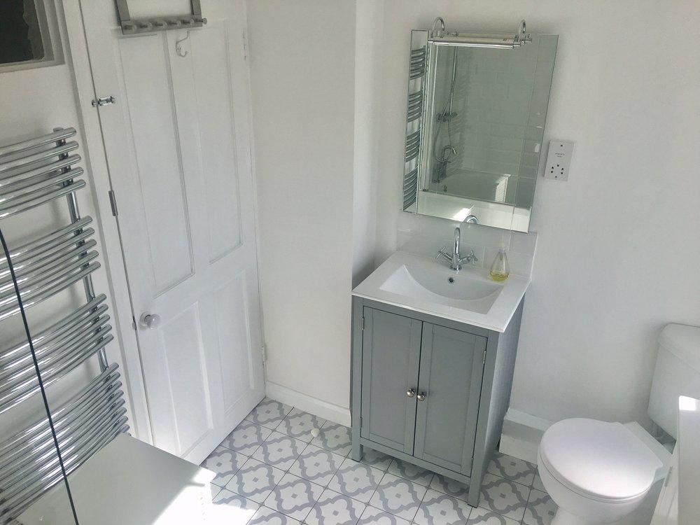 OS bathroom 1.jpg