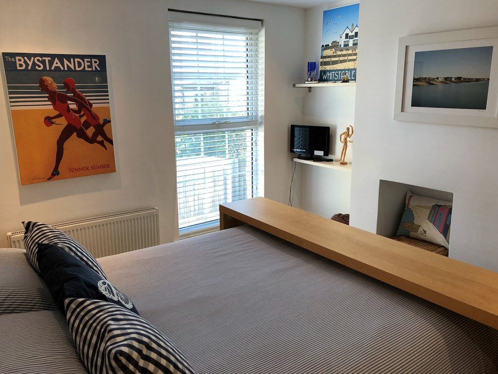 HC master bed (2).jpg