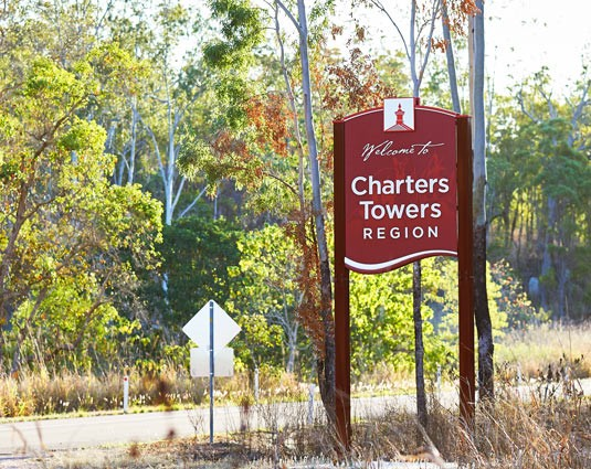 charters-towers-entry-sign.jpg