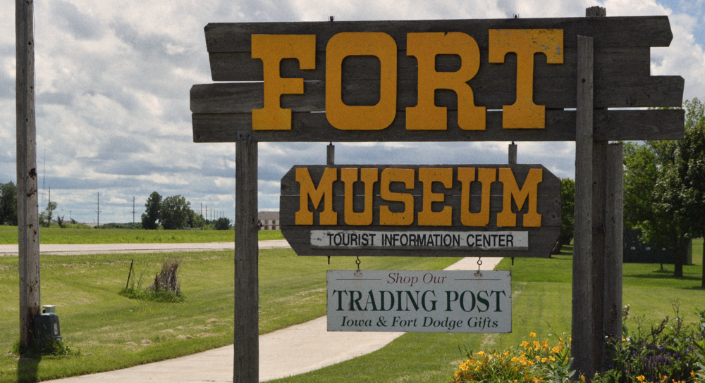 fort sign.png