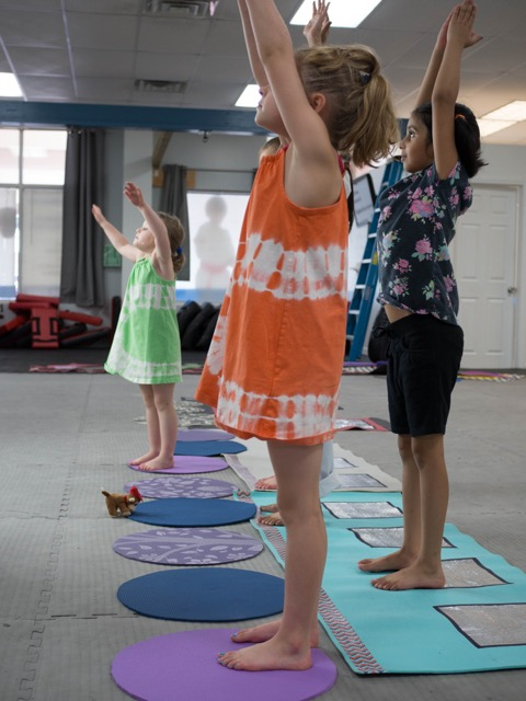 prana yoga kids-5.jpg