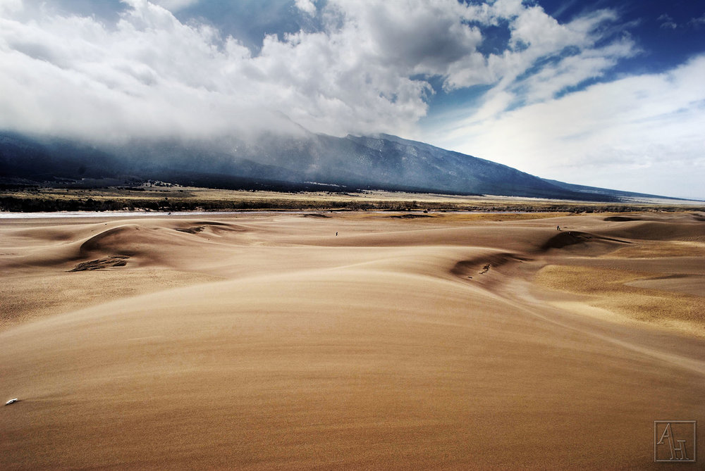 blur sand.jpg