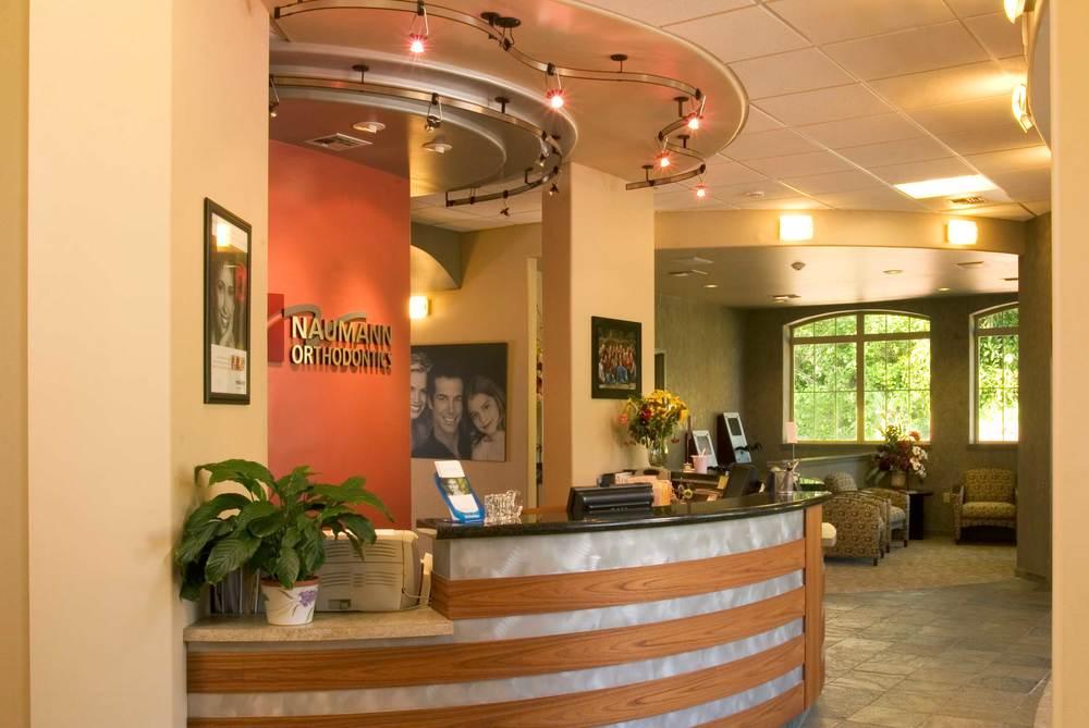 Dr. Naumann Orthodontics - Silverdale, WA