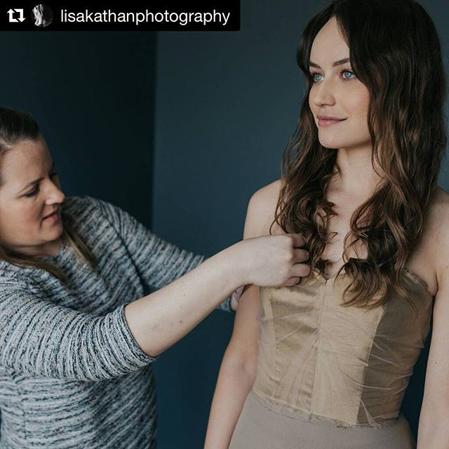 ❤️ Love the rush of having a fitting that goes perfectly! Can't wait to finish this beauty and get it photographed by the talented @lisakathanphotography . . #weddingdress #dressdesigner #custombridal #customdress #customwedding #customweddingdress